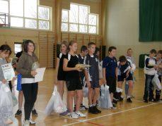 30.11.2010 Rupniów  gminne zawody tenisa stołowego dziewcząt i chłopców