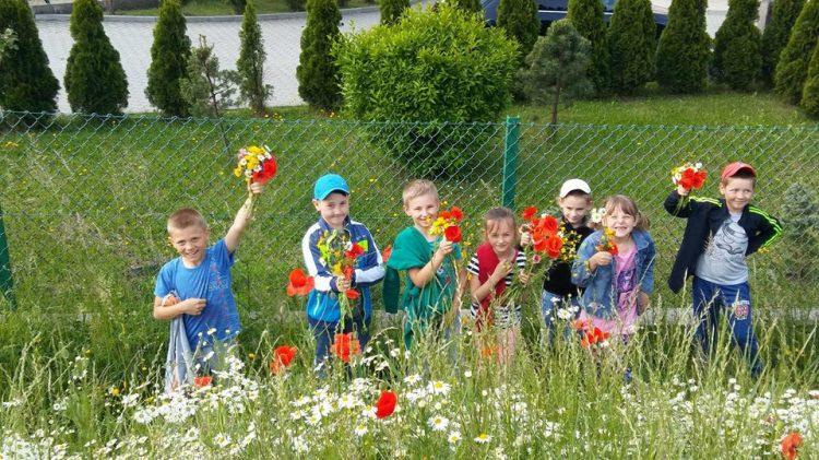 Pierwszaki na tropie wiosennych ziół i kwiatów.