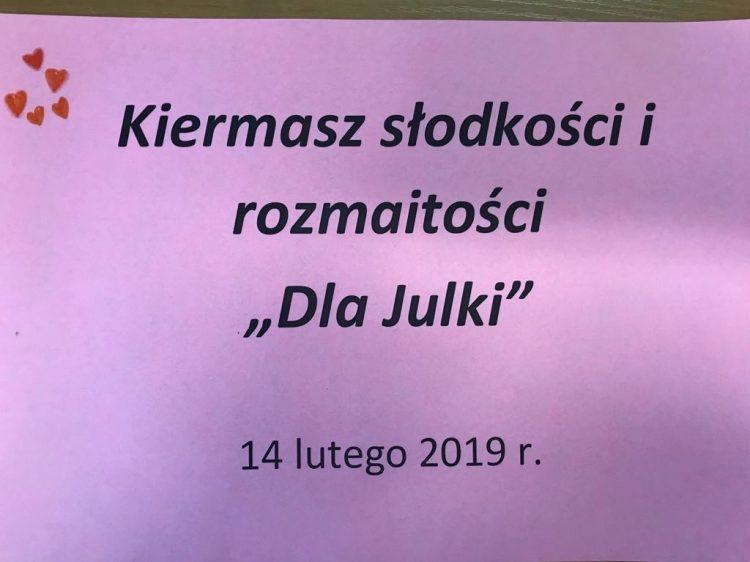 """Kiermasz słodkości i rozmaitości """"Dla Julki"""""""