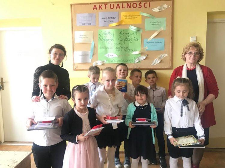 Szkolny Konkurs Pięknego Czytania w Szkole Podstawowej im. Juliana Tuwima w Kaninie