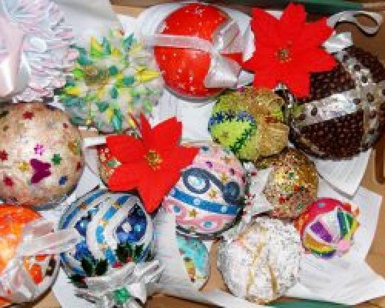 """I Konkurs Plastyczny na """"Świąteczną bombkę bożonarodzeniową"""" rozstrzygnięty!"""